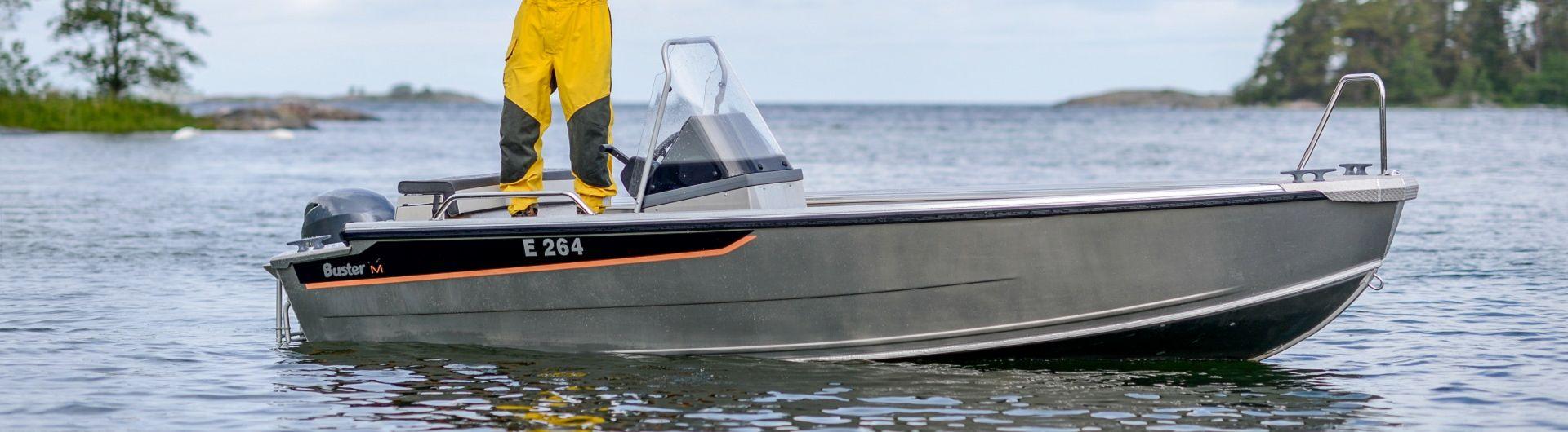 Aluminiumboot Buster M1 Header 1