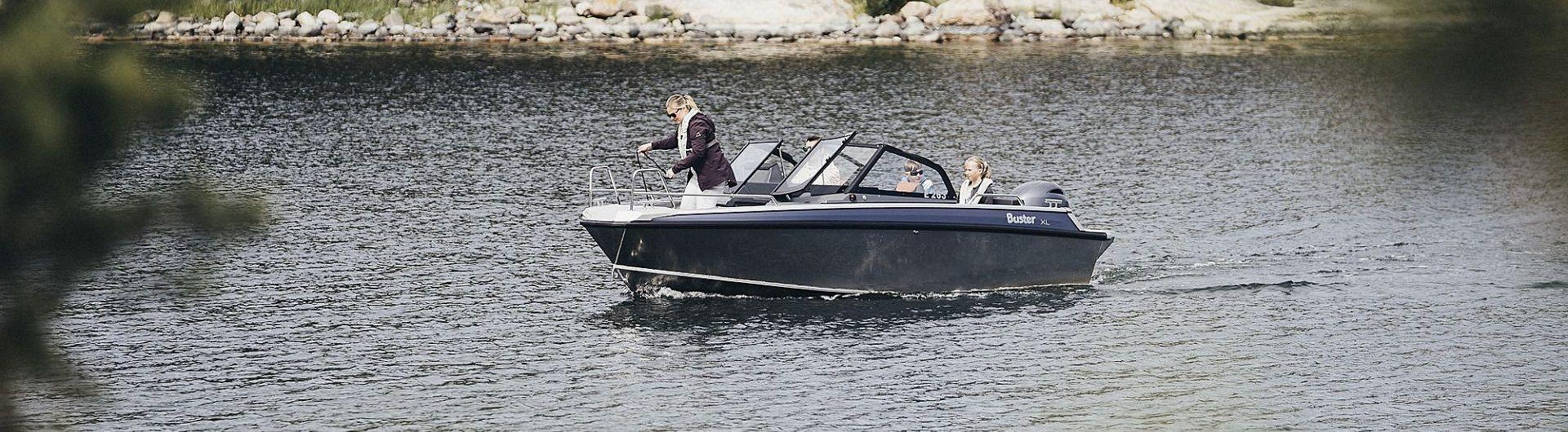 Aluminiumboot Buster XL Header