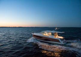 Sportboot Sealine C330