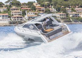 Sportboot Sealine S330
